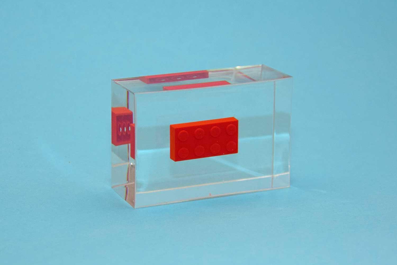 erinnerungen aufbewahren legos in gie harz kunstharz giessen. Black Bedroom Furniture Sets. Home Design Ideas